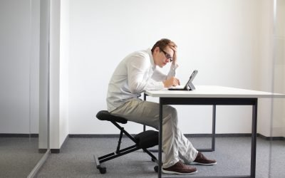 How To Use Your Laptop Without Damaging Your Spine